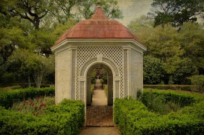 Afton-Villa-garden-study