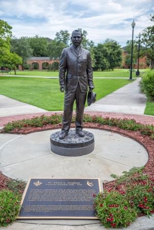 Stephens statue_9487
